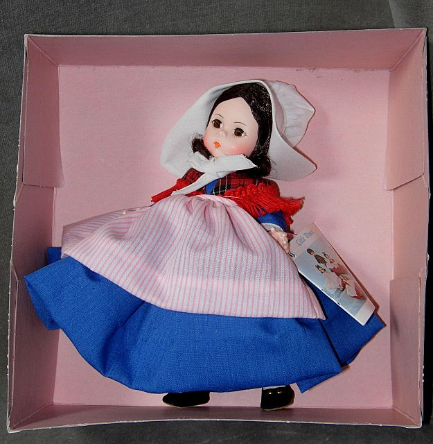 Madame Alexander International Series Doll #562 Belgium