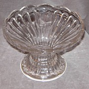 Clear Glass Fluted Compote/Bowl w/Scalloped Rim Edge