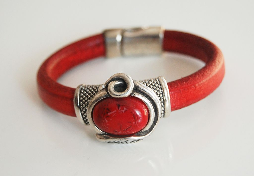 Red Licorice Leather Bracelet Bangle Bracelet Red Stone