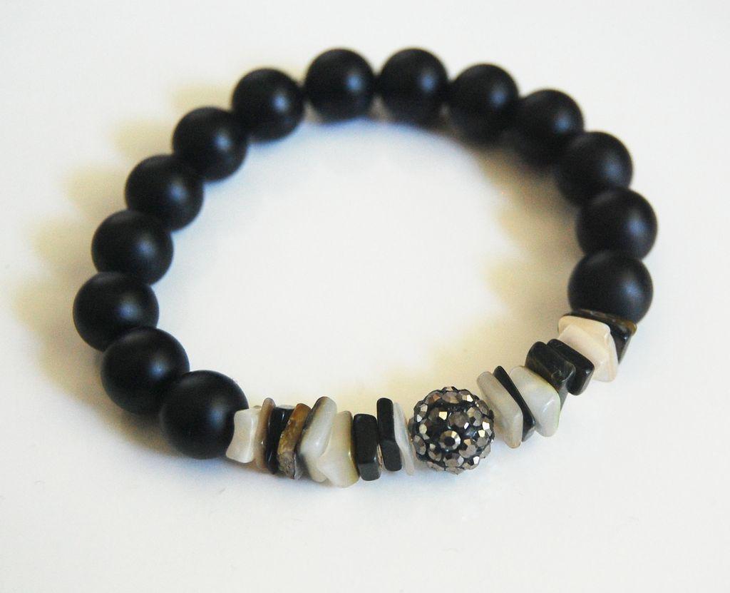 matte black onyx and black lip shell bracelet beaded