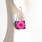 Resin Dried Flower Cube Earrings- Resin Earrings-Resin jewelry-Resin Flower earrings-Pink Flower Square Earrings- Mother's Day Gift For Her