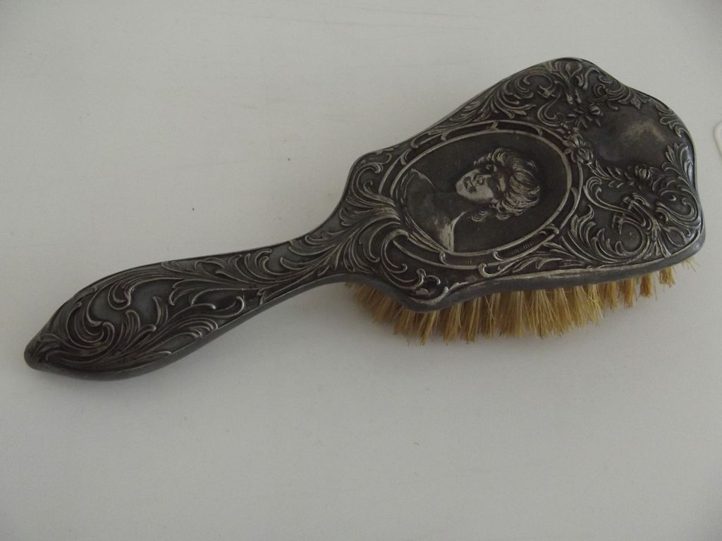 Victorian Silver Plate Brush With Lady's Face