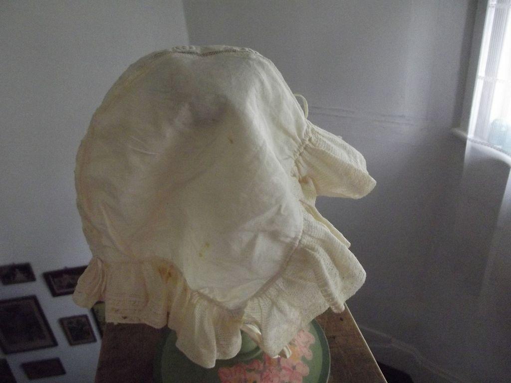 Early Cotton Bonnet