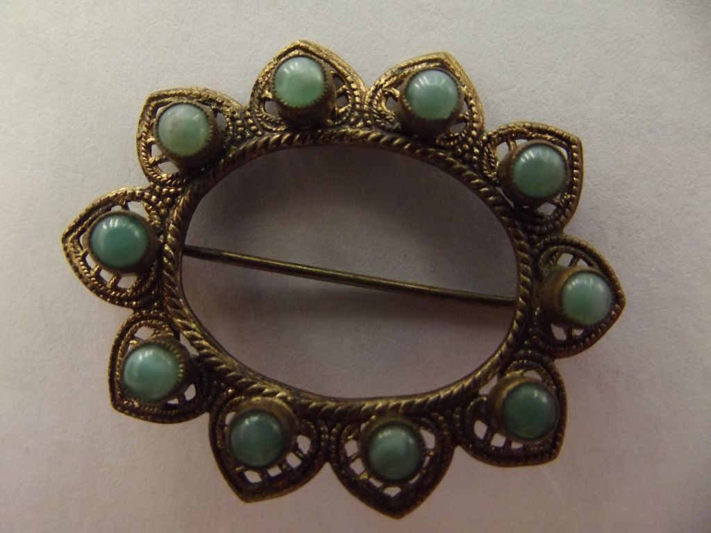 Lacy Victorian Pin With Green Stones Czech