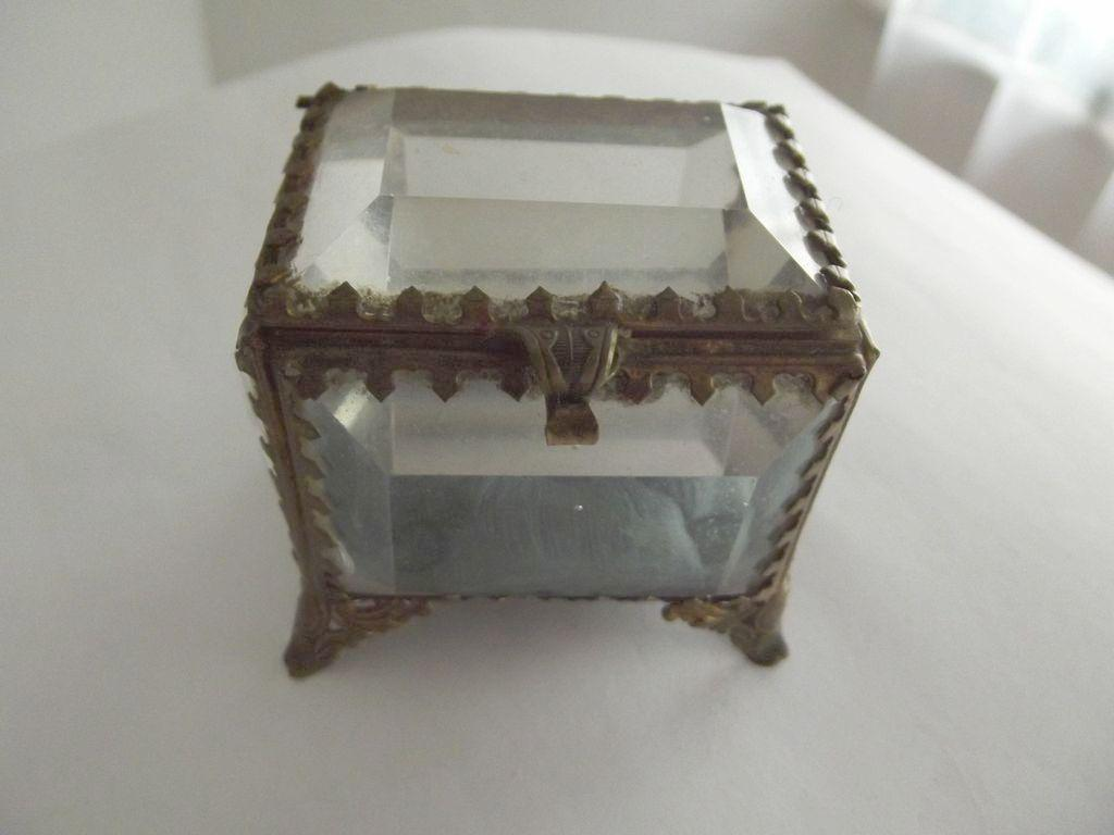 Victorian Beveled Glass Jewlery Box