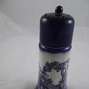 Flow Blue Shaker
