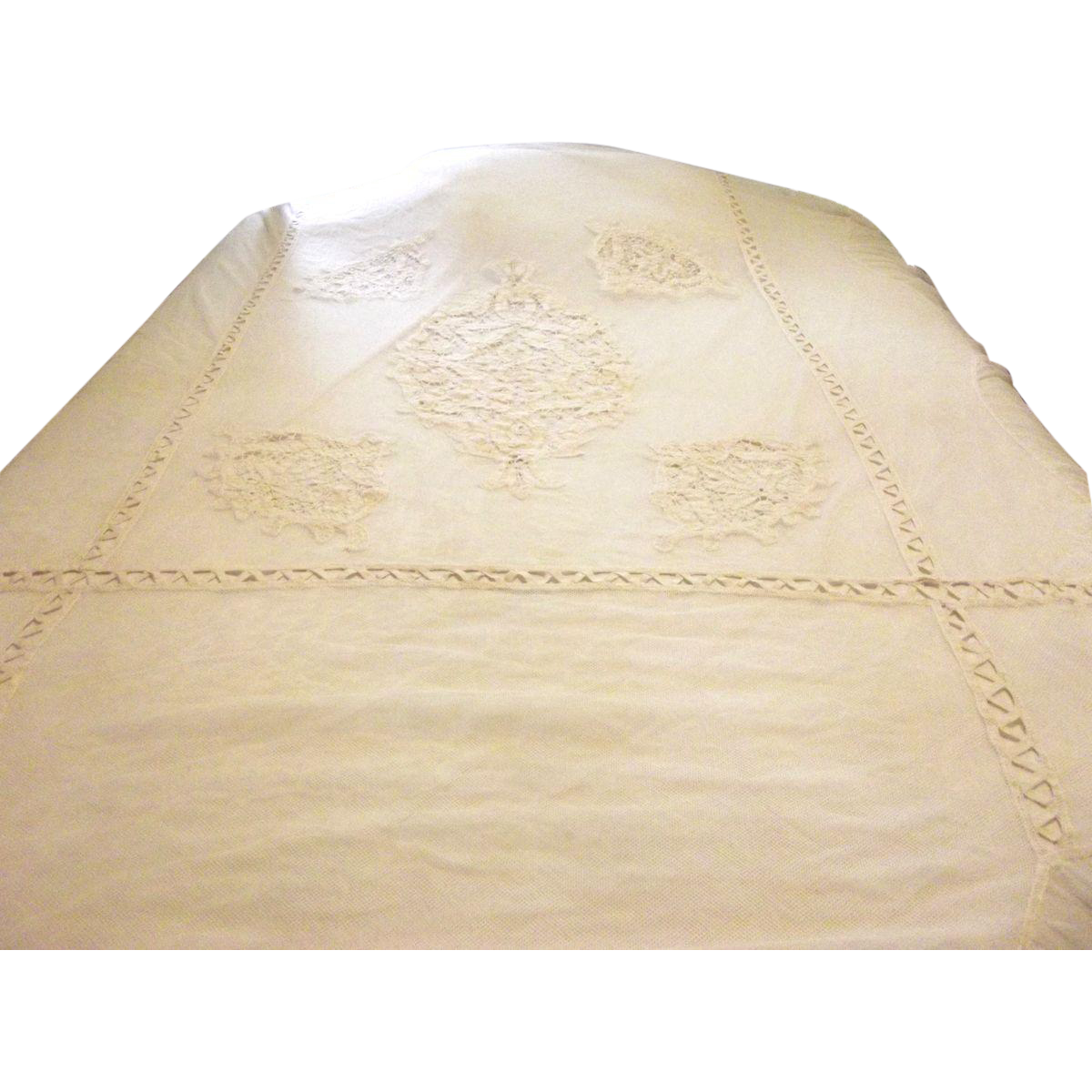Victorian Net Bed Spread