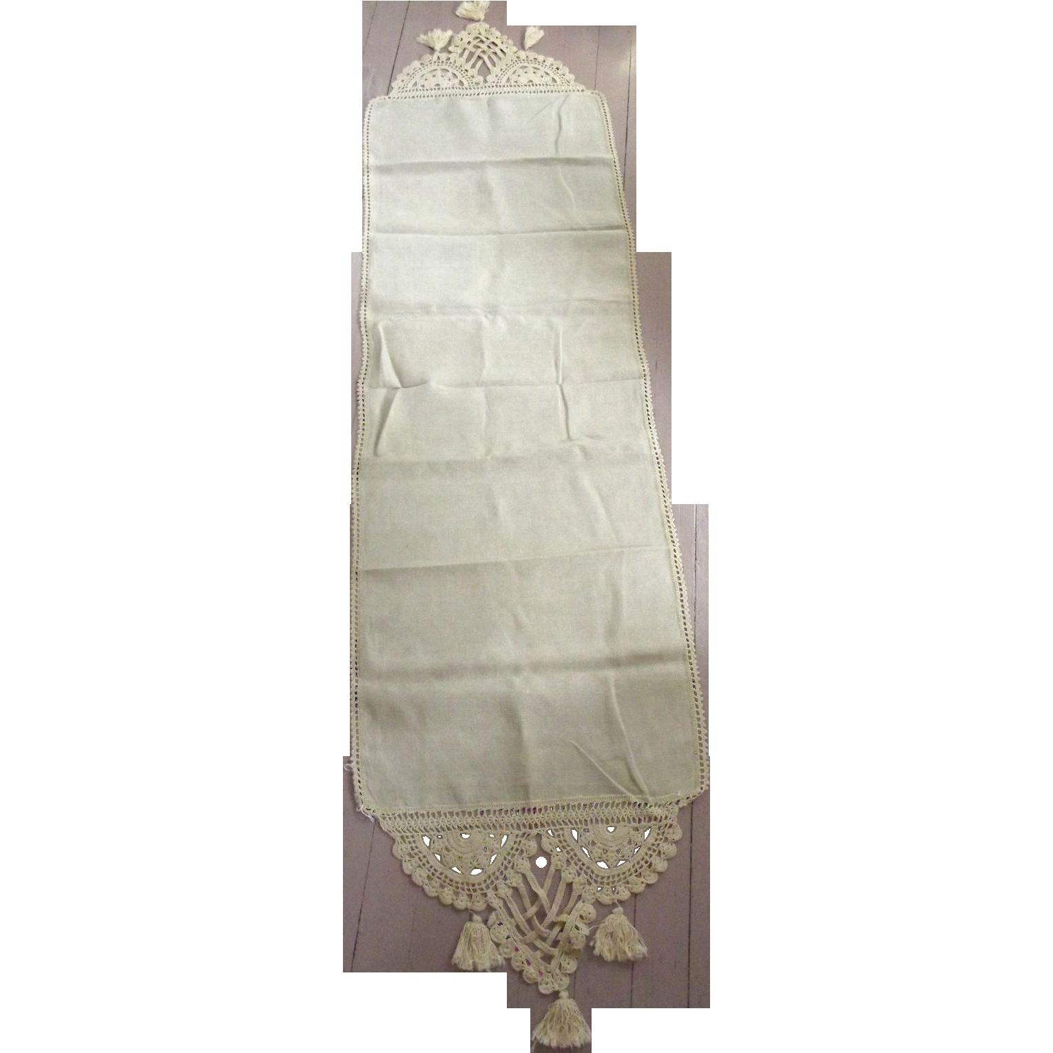 Linen Runner With Heavy Trim