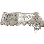 Early Lace With Cross