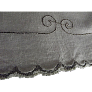 Linen Towel With Bunny Needlework Trim