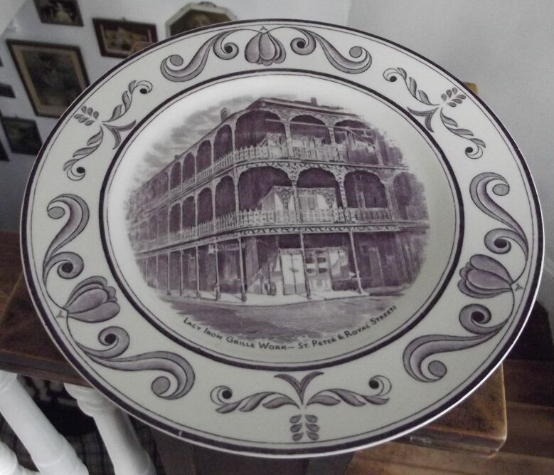 Scenes of OLd New Orleans Plate, Lavender