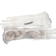 Vintage Unusual White Gloves With sheer Ruffled Top