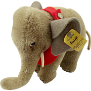 Small Steiff Elephant With Button