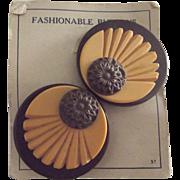Art Deco Buttons On The Original Card