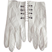 White Leather Gloves With Black Embroidered Flowers