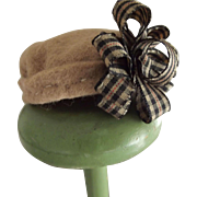 Beige Tam With Large Fancy Bow For Small Doll