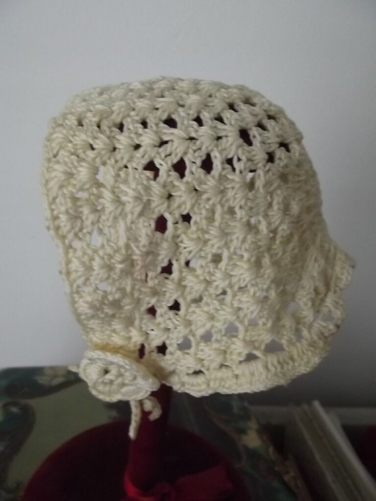 Vintage Small Crocheted Hat
