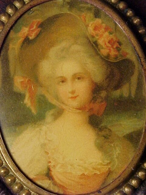 Victorian Pin of Lady