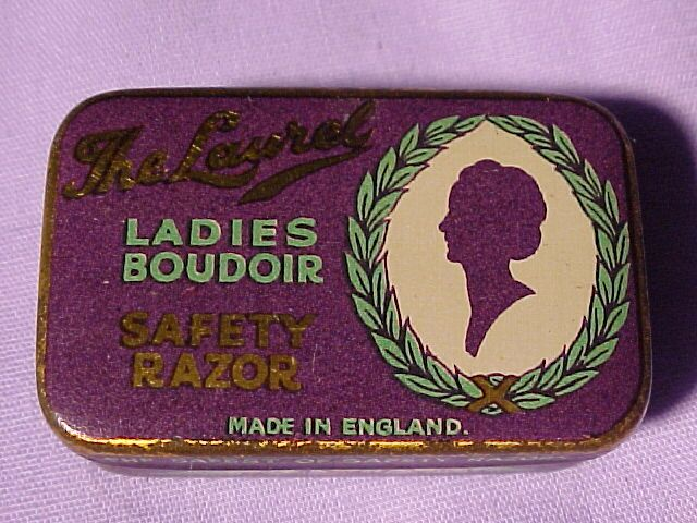 Vintage Tiny Ladies Safety Razor In Original Tin