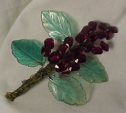 Beautiful Handmade Vintage Glass and Plastic Pin