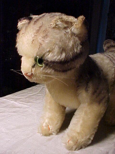 Large Steiff Cat