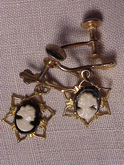 Vintage Cameo Screwback Earrings