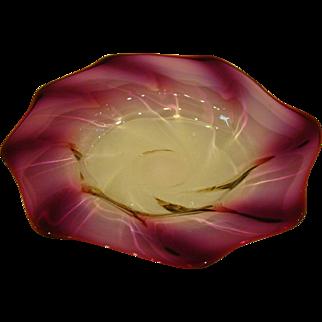 Webb alexandrite art glass twist form fingerbowl underplate