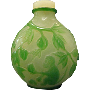 Peking cameo glass jade and alabaster monkey egrets snuff bottle