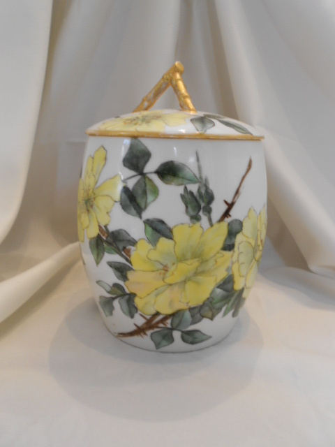 Beautiful Limoges 1889 Biscuit/Cracker Jar; Large Yellow Roses; Artist; Dated