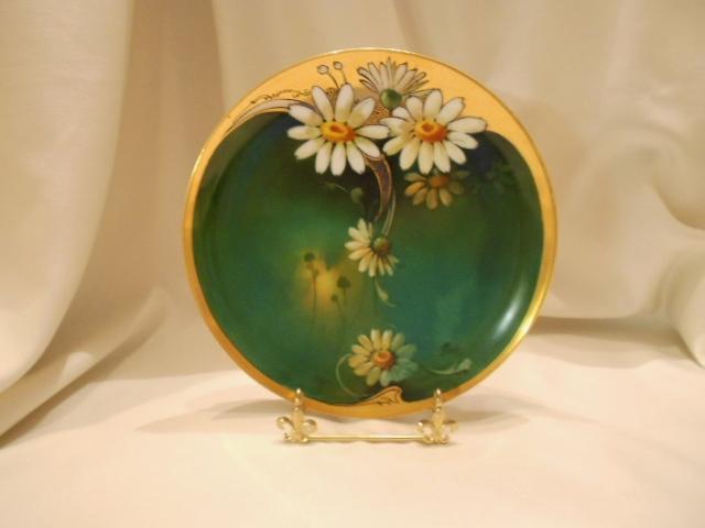 Stunning Limoges Brauer Decorated Plate; Nouveau Daisies; Artist Rhodes