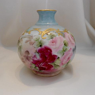 Very Lovely Limoges Bulbous Vase; Ruby Red & Pink Roses; Raised Paste Gold Scroll & Lattice