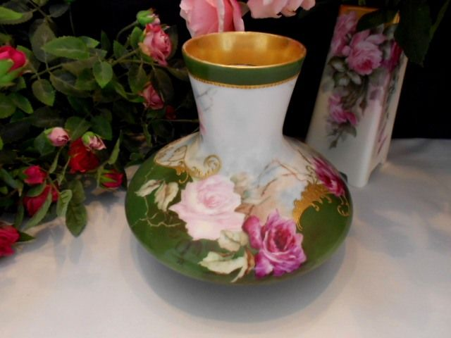 Beautiful T&V Limoges Long Neck Bulbous Vase; Rose; Beading; Scroll; Raised Paste Gold