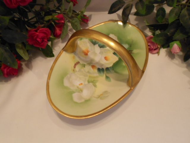 Pretty & Colorful Limoges Old Abbey Handled Basket; White Roses; Manet