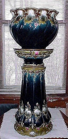 RARE Antique ART NOUVEAU Circa 1900 Julius Dressler Majolica Jardiniere and Pedestal