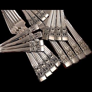 Oneida Community Plate CORONATION Art Deco Silverware Set Vintage 1936 Silver Plate Flatware Modern Blade Traditional Dinner Service for 4, 8 or 12