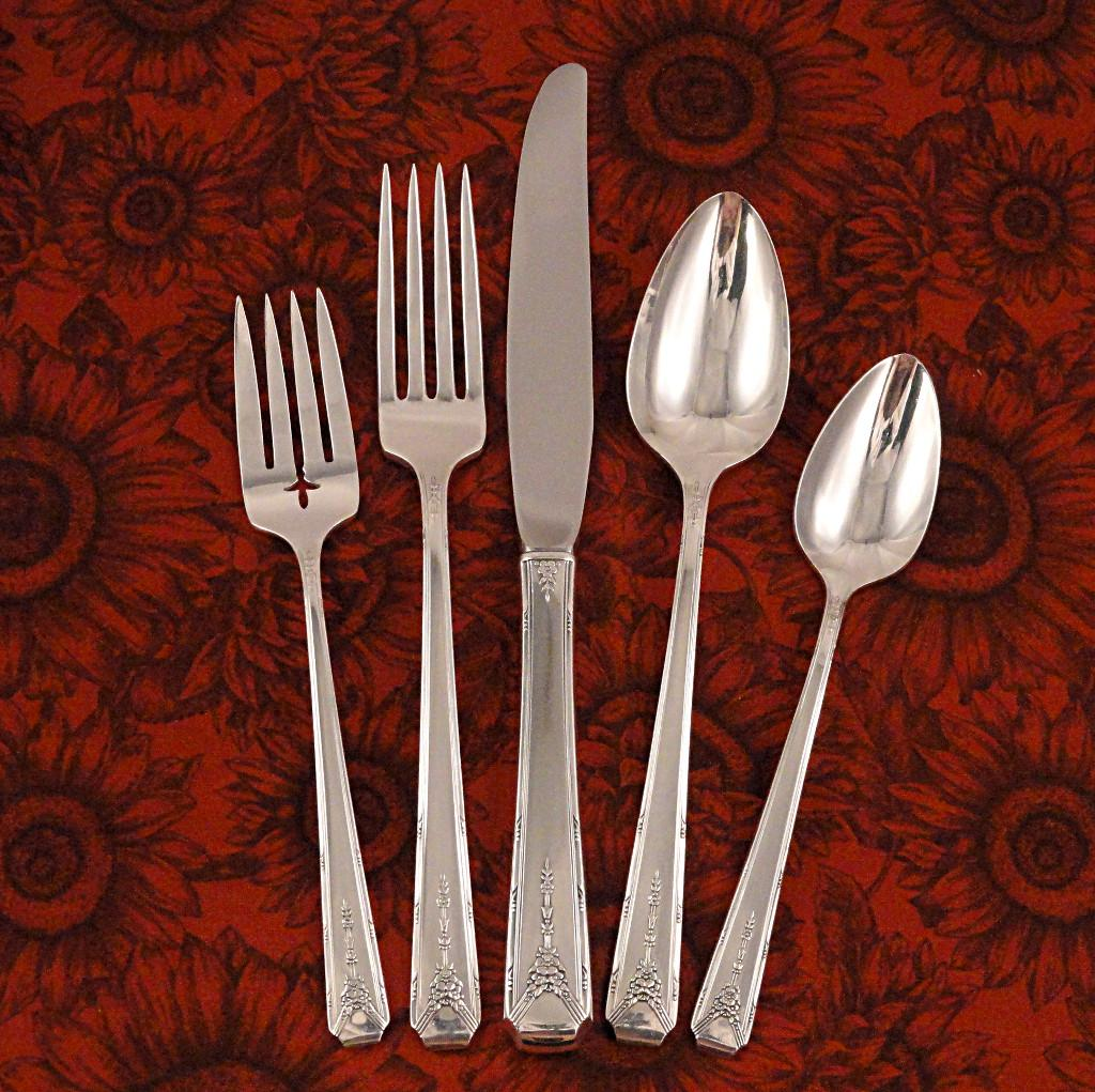 Oneida Community Milady Flatware Dinner Set 1940 Art Deco