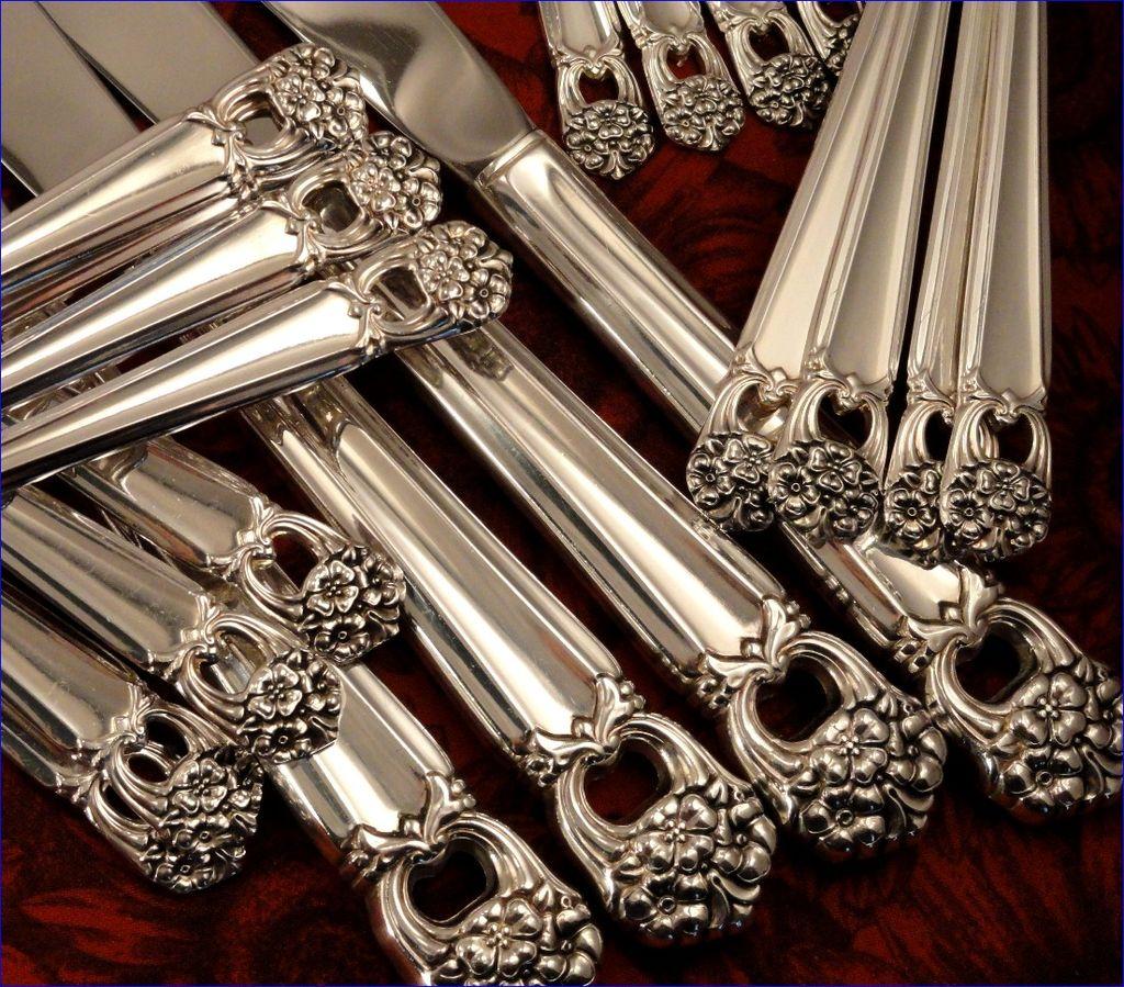 1847 Rogers Eternally Yours Silverware Set Vintage 1941