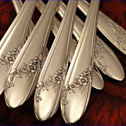 Oneida Tudor Plate QUEEN BESS II Vintage 1946 Silver Plate Flatware Silverware Set You Choose Dinner Service for 4, 8, or 12
