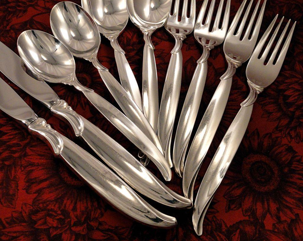 1847 Rogers FLAIR Silverware Set Vintage 1956 Silver Plate Flatware  Fireside Treasures | Ruby Lane : silver dinnerware sets - pezcame.com