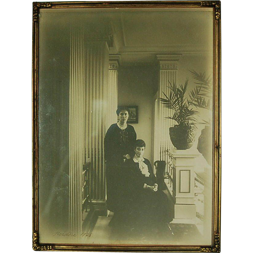 Original 1925 Photograph of Russian Grand Duchess Olga Alexandrovna and Dowager Empress Maria Feodorovna at Hvidore in Denmark in Original Brass Frame