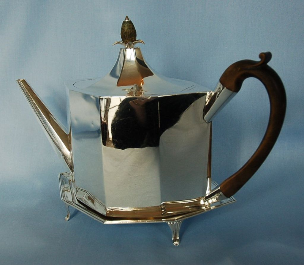 18th Century English Sterling Silver Teapot Amp Stand By