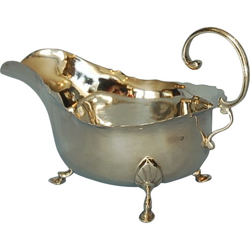 Early 20th Century English Sterling Silver Gravy Boat by Robert Pringle & Sons