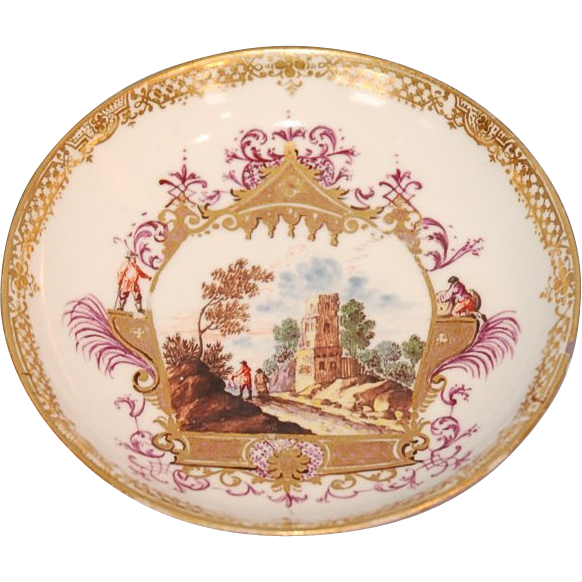 18th Century Meissen Porcelain Saucer