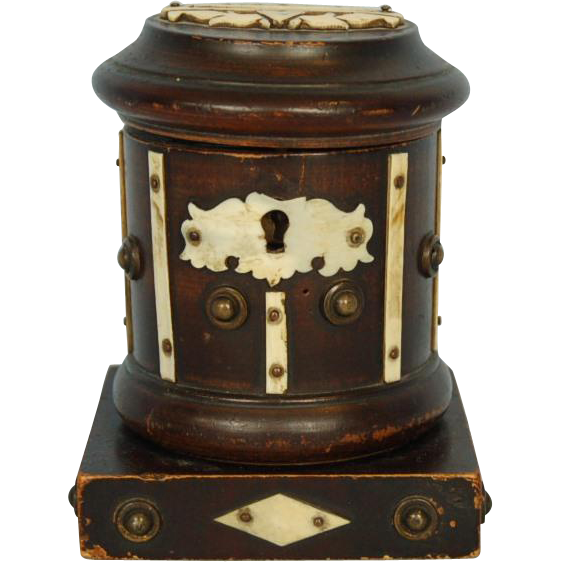 19th Century American Sailor-made Wooden Money Box