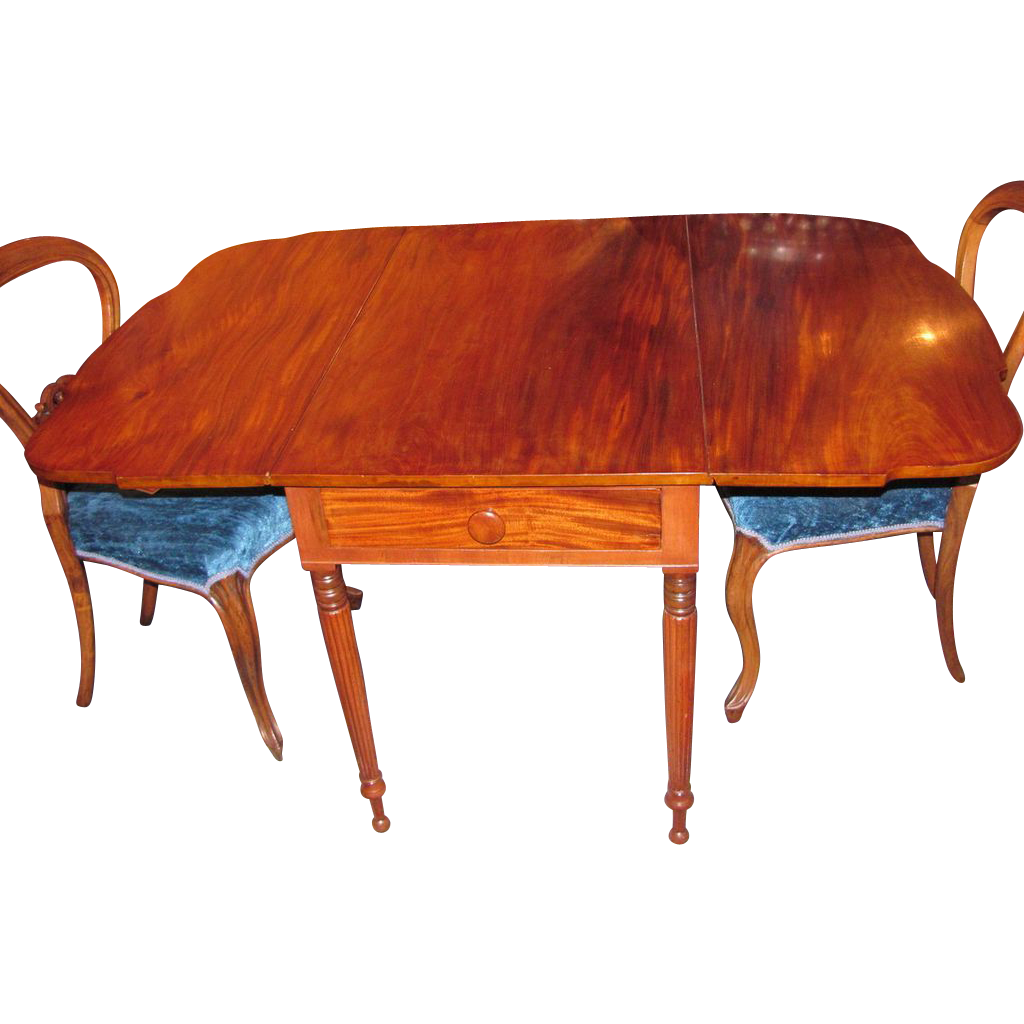 American Federal Period Mahogany Pembroke Table Circa 1815 Philadelphia