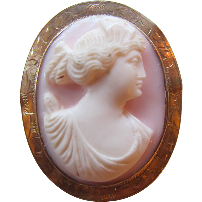 Antique Edwardian Shell Cameo 10K Gold Circa 1910