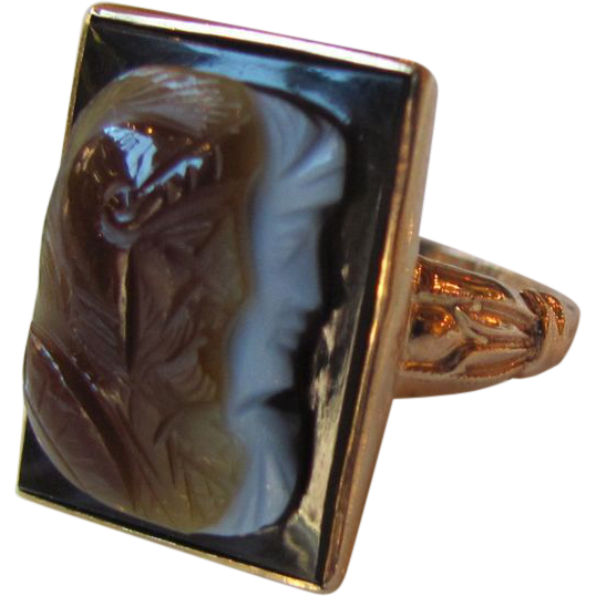 Antique Victorian 12K Sardonyx Double Cameo Ring Circa 1875