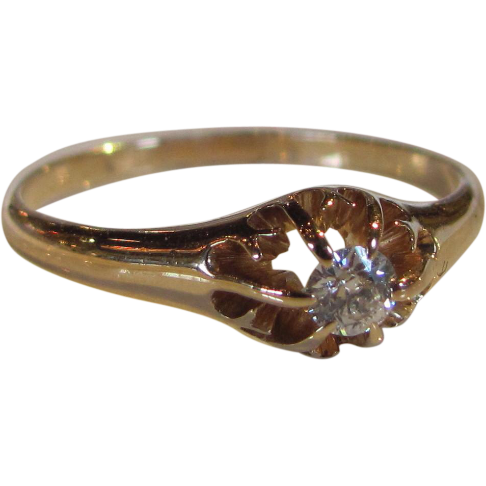 Antique Victorian 14K .15ct. Diamond Ring Circa 1890