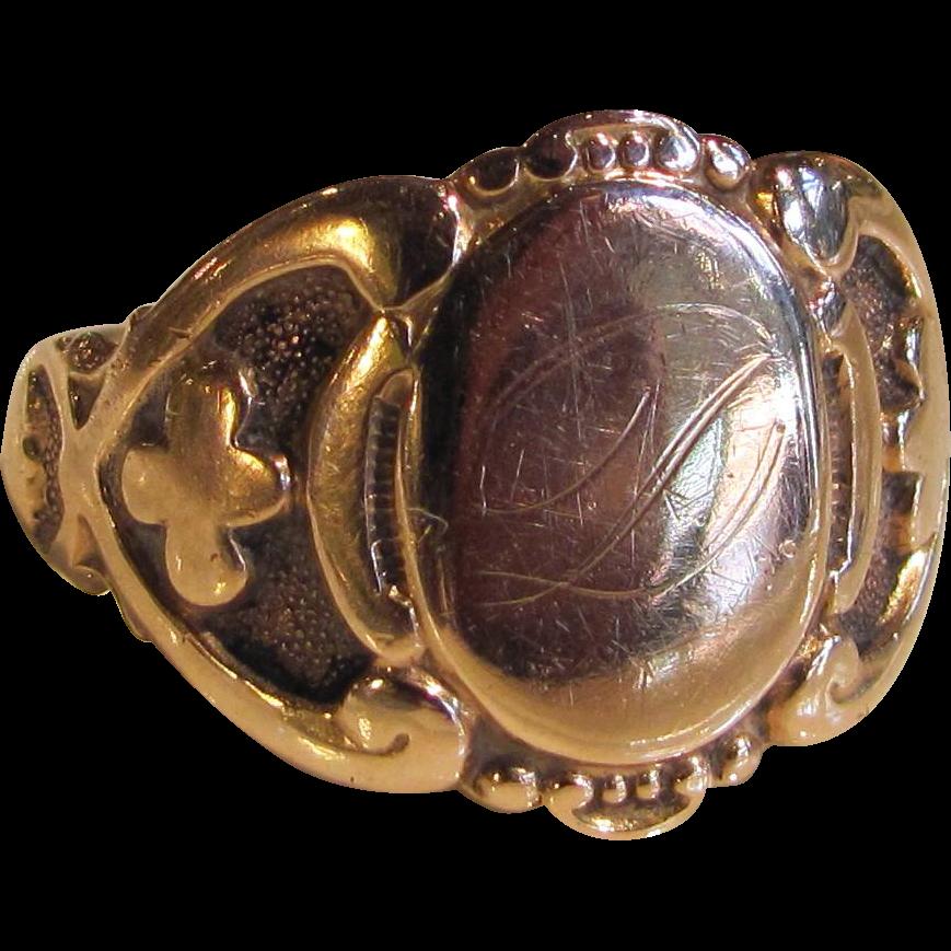 Antique 14K Gold Signet Ring Circa 1900