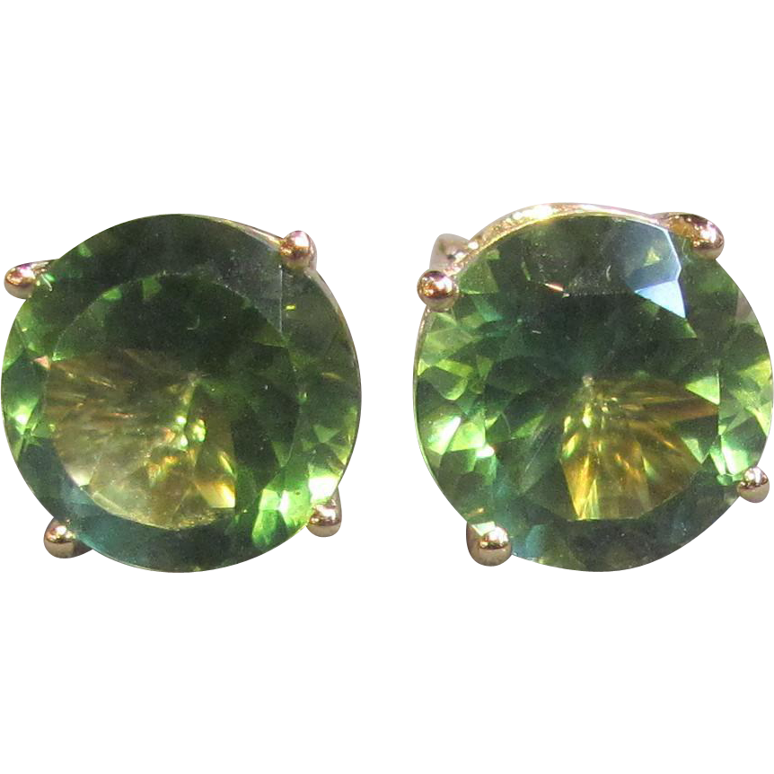 Vintage 14K Gold Peridot Stud Earrings